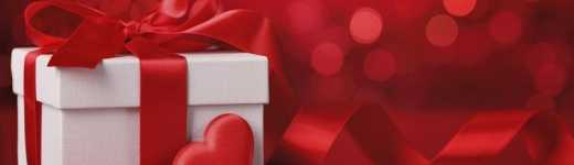 Valentine's Day Love Compatibility: His and Her Gift Giving Guide by the Zodiac Sign
