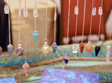 Chakra Healing: How to Cleanse and Charge Your Chakra Pendulum