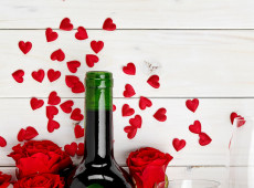 Valentines Gift Giving Guide By the Zodiac Signs